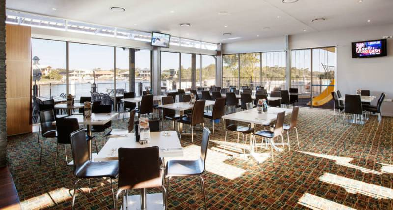 Pelican Waters Tavern Pelican Waters