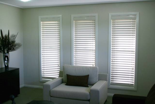 Macquarie Valley Blinds  Awnings