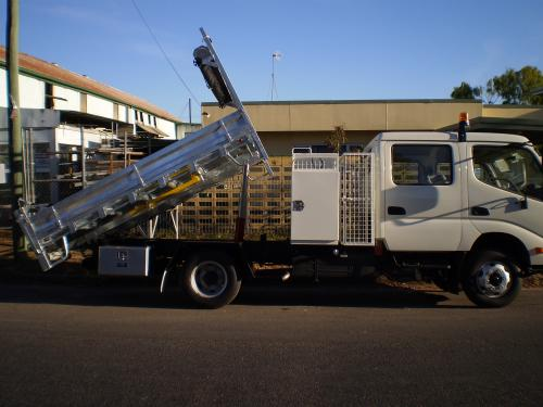 Cairns Trailers  Truck Bodies