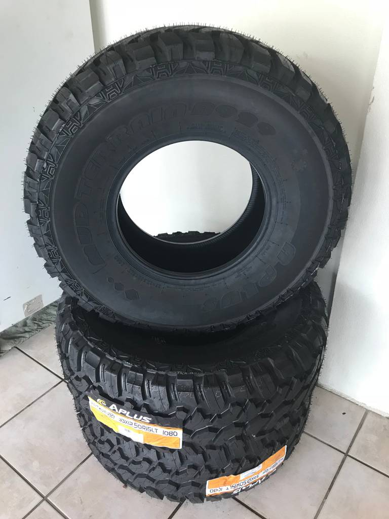 Petersens 2nd Hand  New Tyres