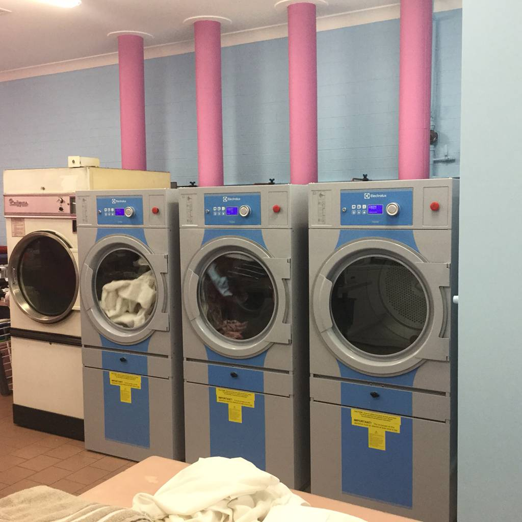 White  Bright Laundrette